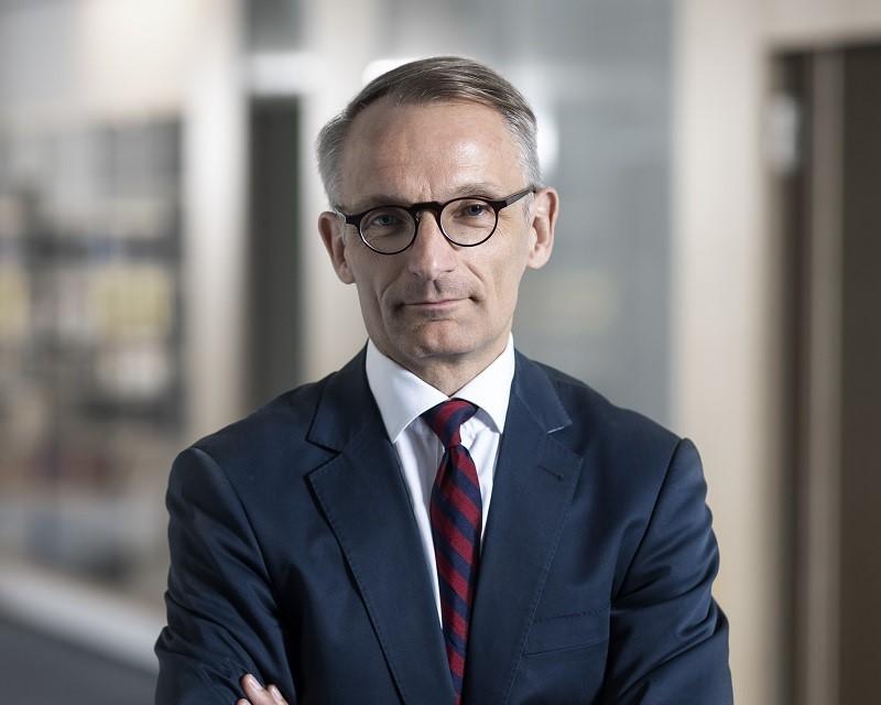 Dr. Nils Heide